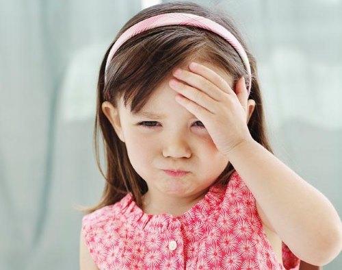 Болит шея у ребенка: 6 основных причин и 7 способов помочь ребенку снять боль от врача-педиатра