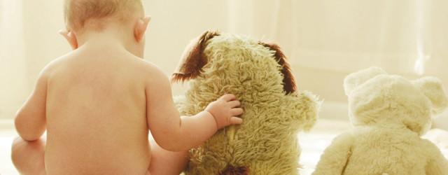 Что подарить ребенку на 1 год: обзор лучших вариантов подарков от детского психолога