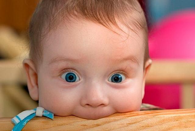 Как отучить ребенка сосать палец в 2 месяца, 1, 2 года, 5 лет и старше: советы детского психолога