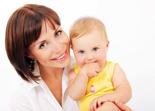 Как понять что ребенок не наедается грудным молоком: 2 признака недоедания и 5 причин