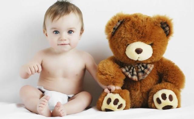 Когда ребенок начинает сидеть: 5 этапов, 5 упражнений и игр в помощь