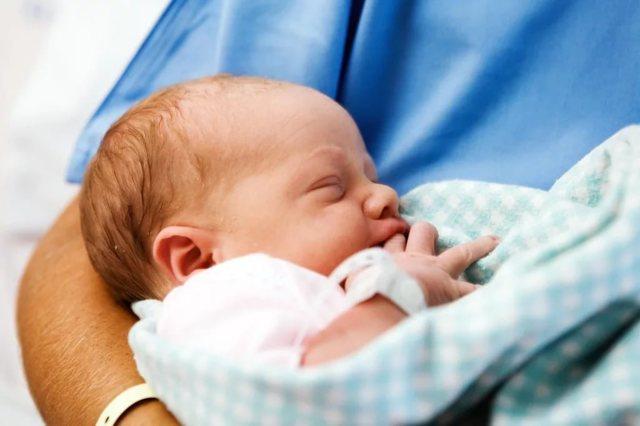 Когда у мальчиков опускаются яички: причины не опущения, диагностика и лечение