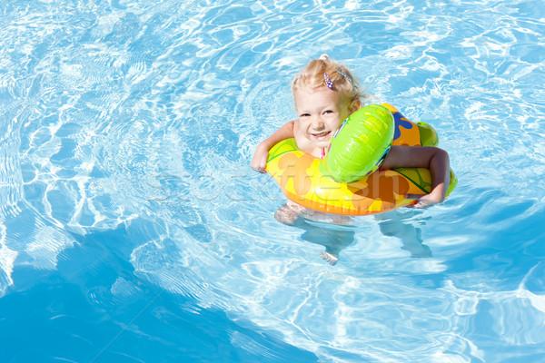 Купание с детьми в открытых водоемах: 5 роковых ошибок родителей и советы опытного педиатра по неотложной помощи