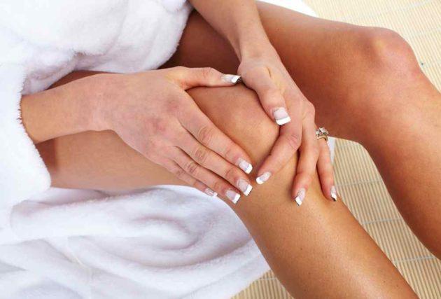 Могут ли болеть ноги при месячных и в чем причина