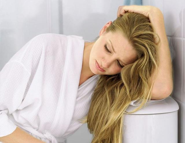 Почему на ранних сроках беременности бывают коричневые выделения