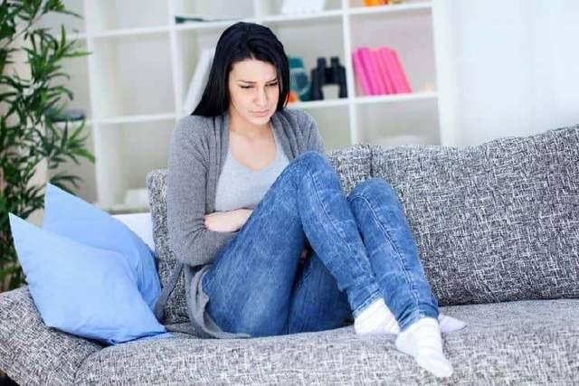 Причины появления зеленых выделений без запаха при беременности