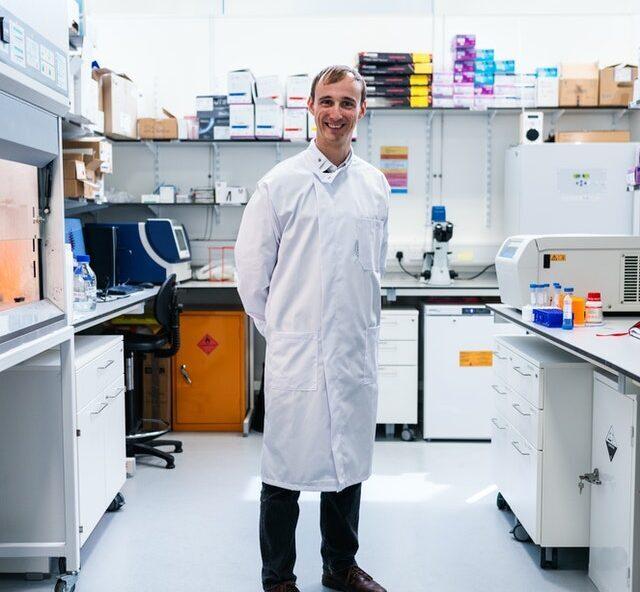 Лабораторные шкафы и их особенности