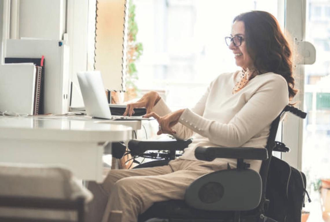 Паралич: причины, симптомы и лечение паралича