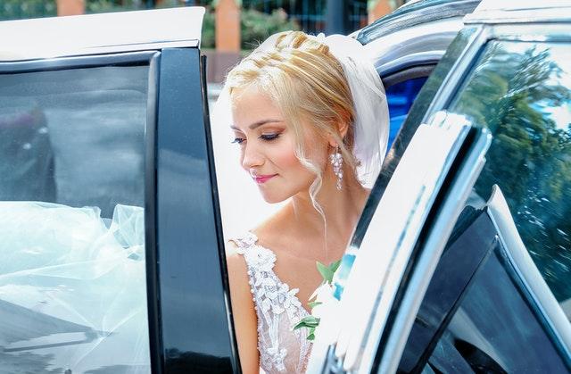 Свадебное оформление автомобилей
